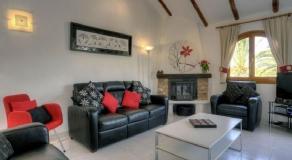 ER05 Living Room