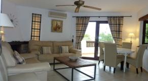 LM05 Living Room