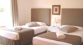 LN01 Twin Bedroom