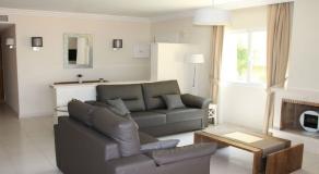 LO15 Living Room