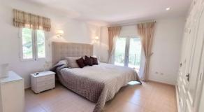 LO18 Master Bedroom