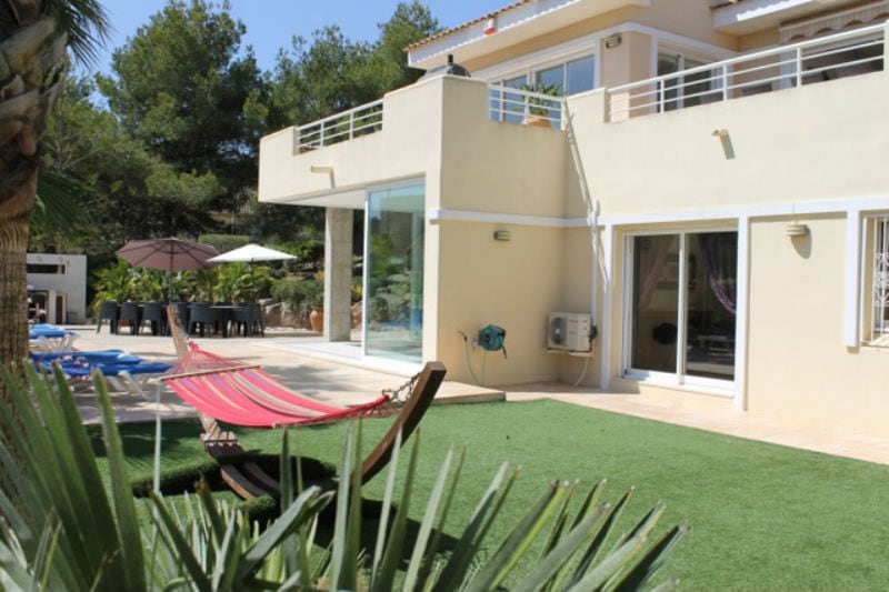 Individual Luxury 5 Bed Villa Rental - V03 | La Manga ...