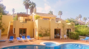 Las Reinas 5 Bed Villa Rental - LR01